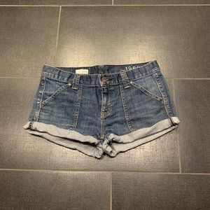 GAP 1969 Larchmont Denim Rolled Hem Shorts